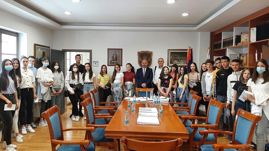 Višegrad:Prijem za učenike generacije i uspješne učenike