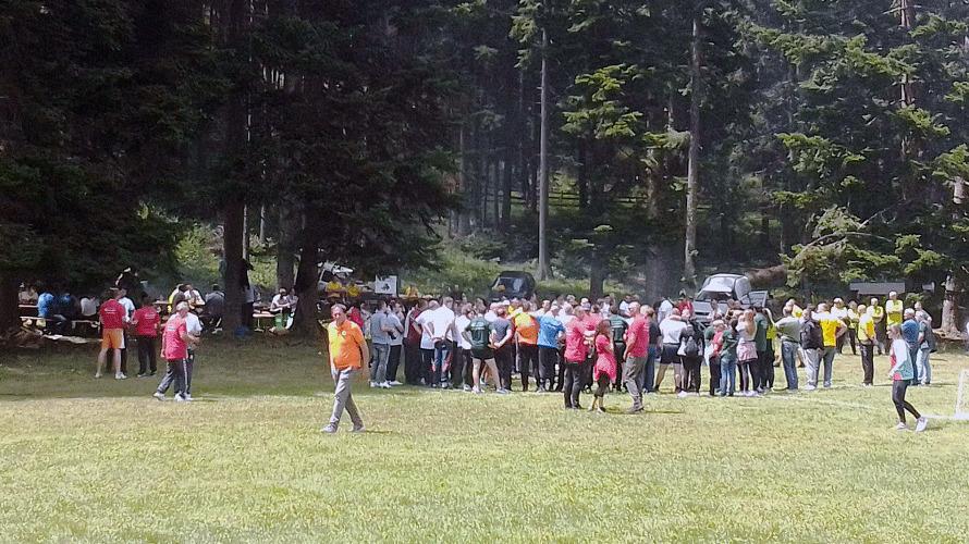 """Više od 300 zaposlenih Šumskog gazdinstva """"Romanija"""" na sportsko-zabavnom druženju"""