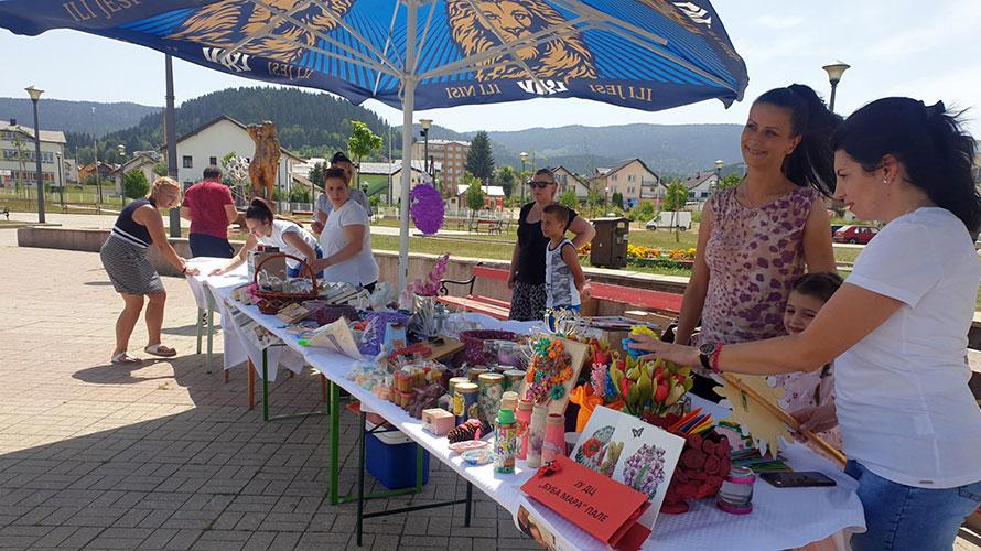 Pale: Humanitarni bazar za Ivanu, Boška i Jelenu