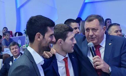 Dodik i Đoković na svadbi kod Nemanje Majdova (FOTO)