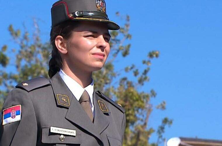 Studentkinja sa najvišim prosjekom ćerka oficira: Upoznajte najbolju kadetkinju Tijanu Stanojković