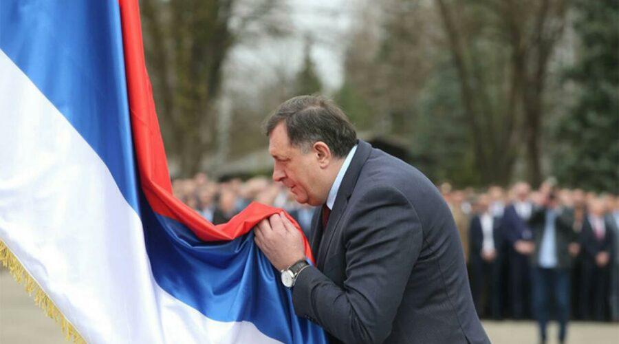 Dodik: Praznik svih Srba, ma gdje oni žive